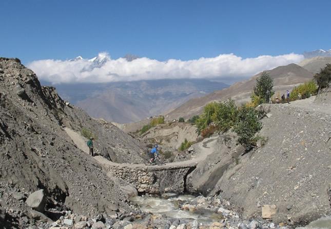 Biking in Annapurna Circuit