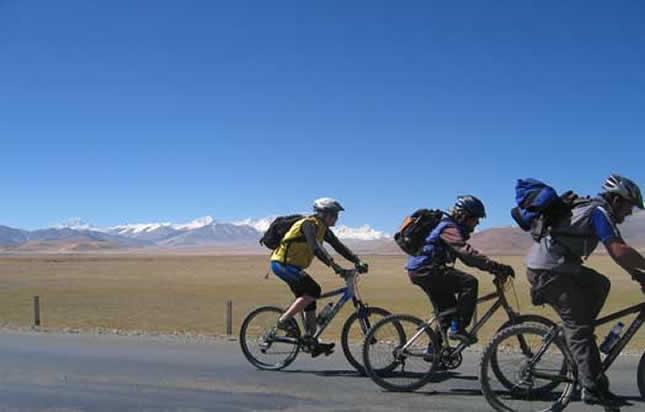 Lhasa, Kathmandu Biking Tour