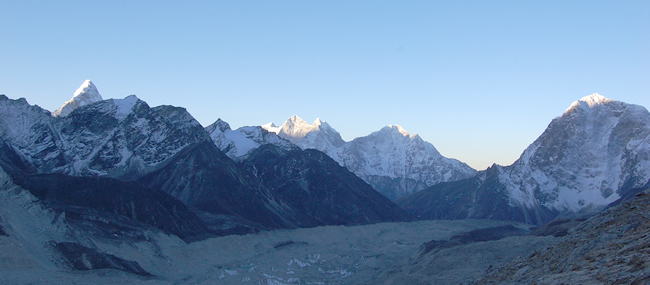 everest and kalapathar