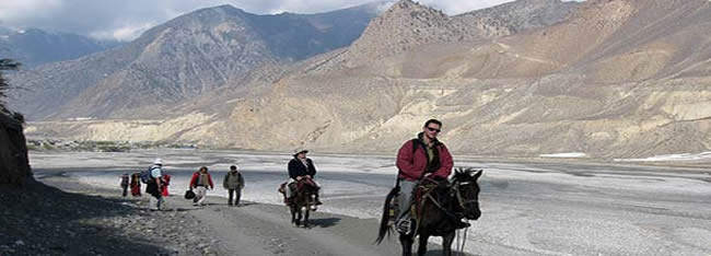 horse riding  to muktinath