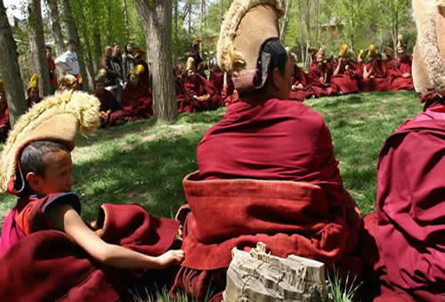 Sagadawa Festival Tour in Tibet