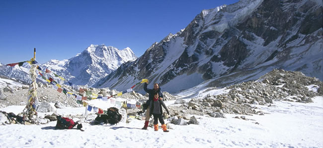 Manaslu Circuit Trek via Larke Pass